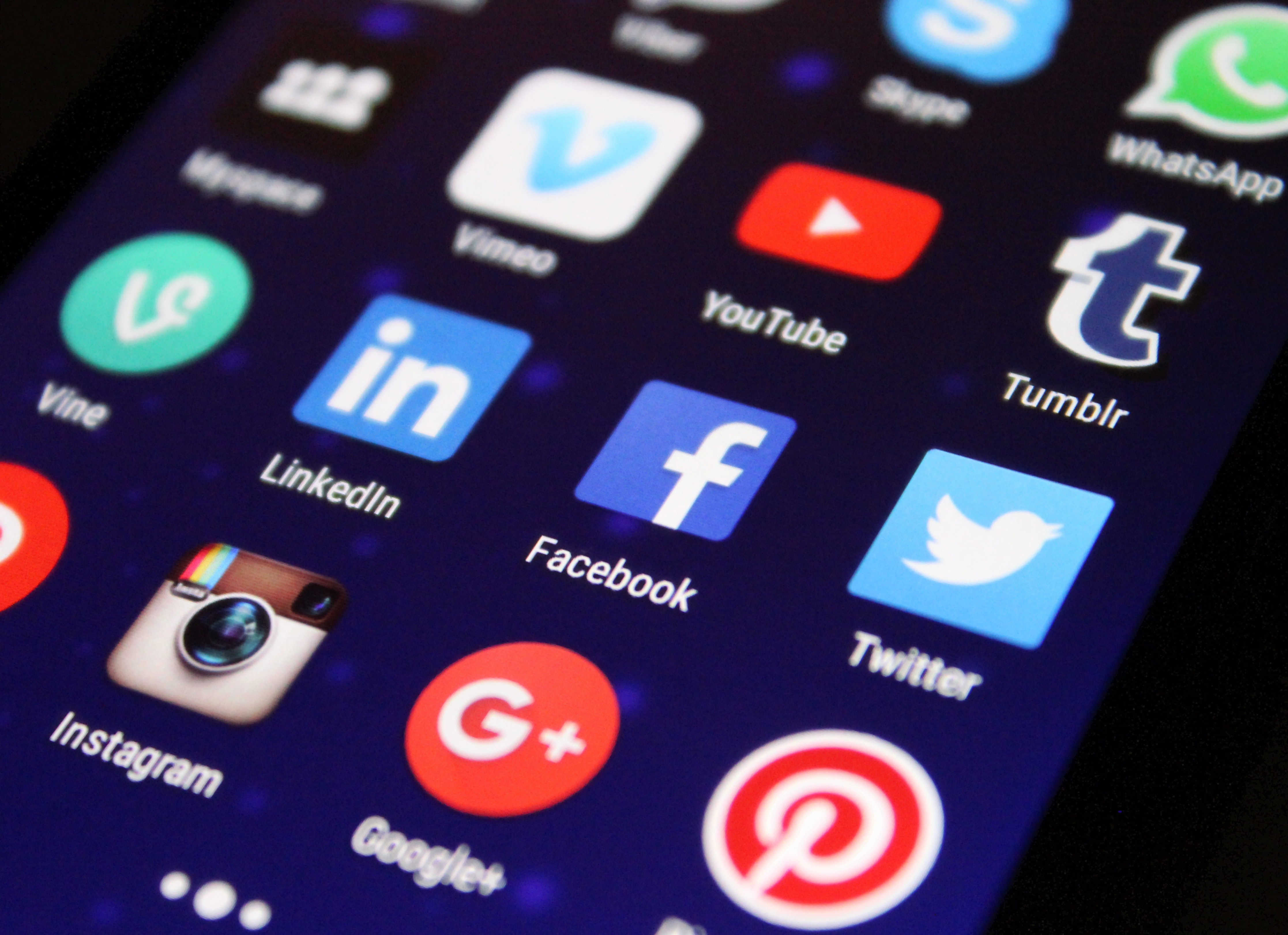 8 reasons social media is critical for your business to thrive